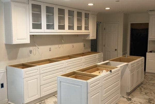 Kitchen Cabinet in Suwannee